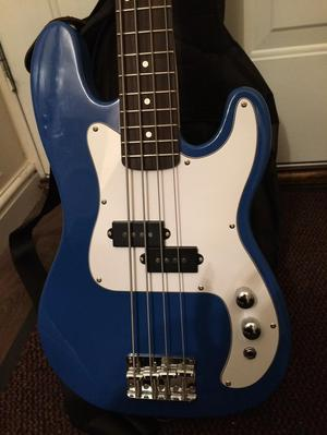Bass Guitar+ Amp