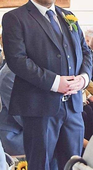 Greenwoods Mansize Navy Mixer Suit (+Waistcoat, Shirt & Tie)