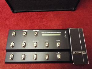 LINE 6 SPIDER IV 75 WATT AMP WITH FLOORBOARD