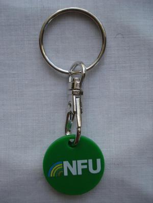 NEW NFU (NATIONAL FARMERS UNION) TROLLEY COIN KEYRING