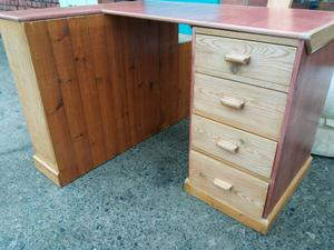 Desk with built in elements