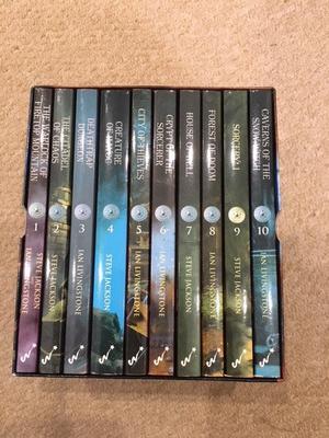 Fighting Fantasy set of 10 books