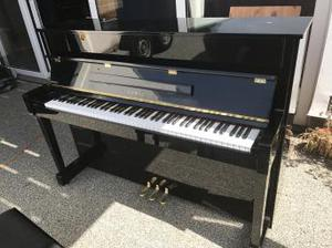 Kawai Upright Piano K-18E High Gloss Black