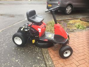 Ride on lawn mower for sale