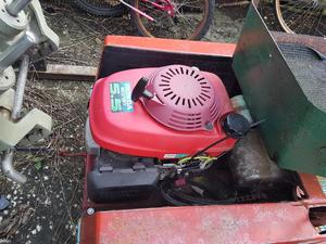 Ride on lawn mower new 5.5 Hp Honda engine