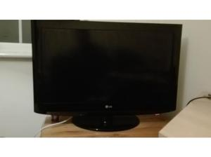 """LG 32"""" TV for sale in Leicester"""
