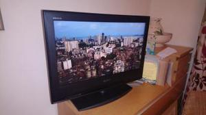 Sony Bravia LCD TV 26 inch screen built in freeview