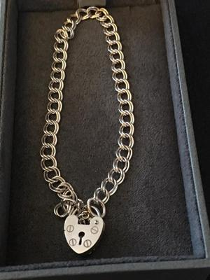 Genuine vintage sterling silver bracelet with pandora and safety chain fully hallmarked