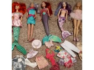 Job Lot Barbies, Sindy Clothes & Accessories in Eye