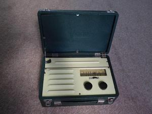 Vintage Vidor portable valve radio