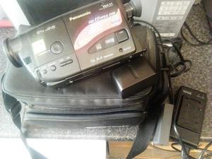 panasonic vhs c camcorder in case with charger and battery