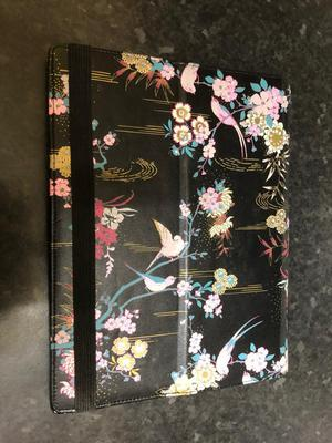 ACCESSORIZE TABLET CASE IPAD/TABLET GOOD CONDITION