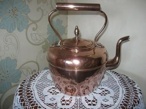 Large Old Copper Kettle (Maurice Cohen London)