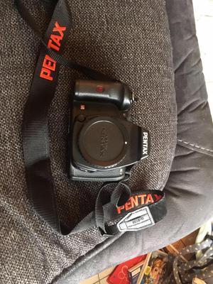 Pentax K-r digital SLR