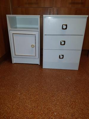 2 X White Bedside Units