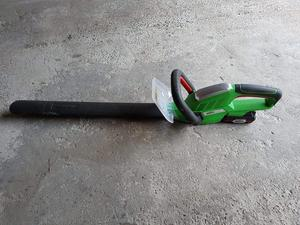 Flymo Petrol Strimmer & Hedge Cutter