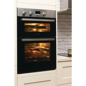 Hotpoint built in wall double electric oven
