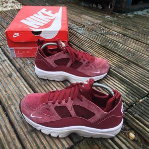 Nike air huaraches trainers uk size 6