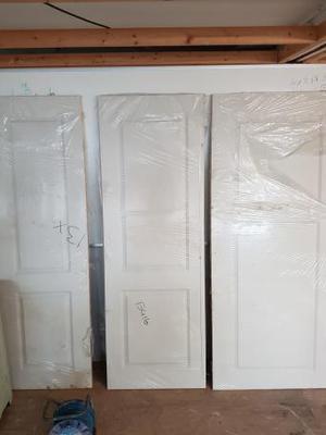 PREMDOR INTERIOR DOORS - VARIOUS SIZES