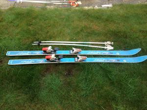 Skis,with binding, poles and bag