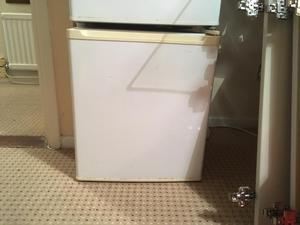 Table top larder fridge