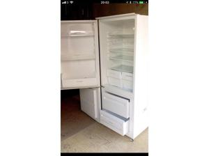 Zannusi Fridge Freezer for Sale in Poole in Poole