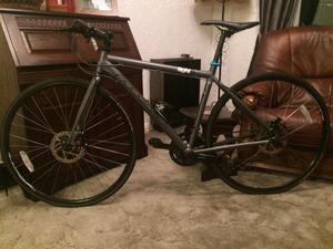 Hybrid bike Ridgeback like Boardman