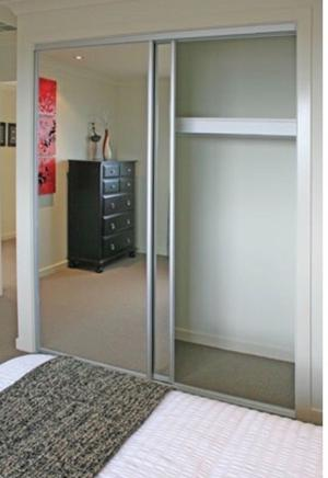 MIRRORED WHITE SLIDING WARDROBE DOOR