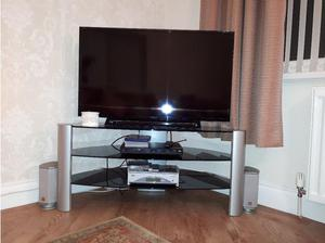 SONY 42 INCH TV WITH STAND in South Shields