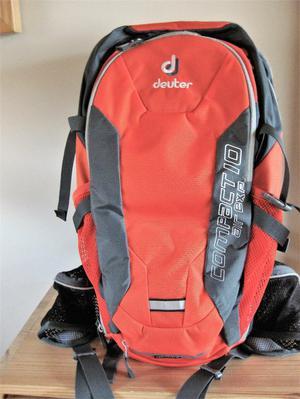 Deuter Compact Air Exp 10 Walking/Cycling Rucksack - As New