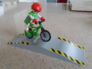 Playmobil  Boy on bike with ramp