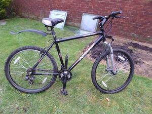 black apollo AC-26S mountain bicycle with 20 INCH frame