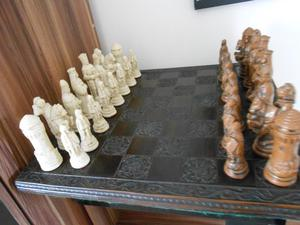chess set cornwall night theme