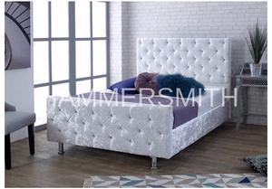 Immaculate white crushed velvet single bed rarely used mattress
