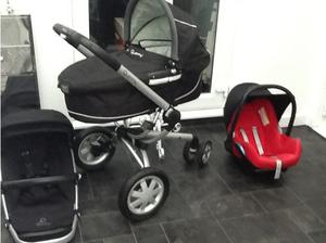 Quinny buzz travel system in Newport