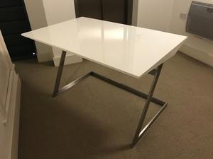 Dwell desk white and steel