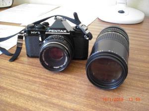 Pentax MV1 35 mm camera and lens