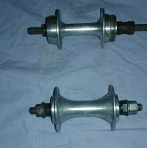 French front and rear racer hubs