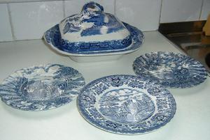 """""""Adderly"""" willow pattern china"""
