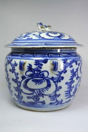 Antique Chinese lid jar - China - approx.