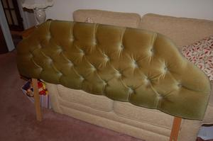 HEAD BOARD FOR A KING SIZE BED AS PHOTO
