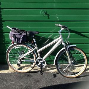 LADIES RIDGEBACK K4 BICYCLE