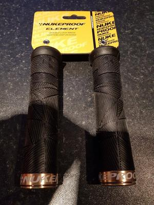 NUKEPROOF AND SHIMANO PRO GRIPS