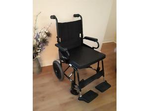 wheel chair with cushion very good condition hardly used in