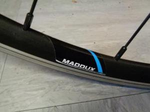 700c (maddaux) road bike rear wheel
