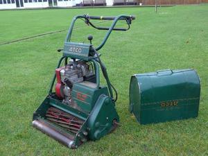 Atco club 12 blade cylinder lawn mower