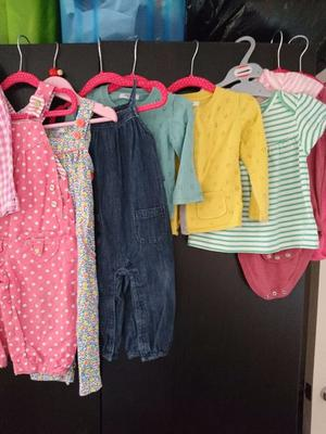 GIRLS CLOTHING, COATS AND SHOES BUNDLE  MONTHS FIFE