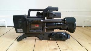 Panasonic WVP-F10KT Video Camera & Accessories