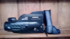 Samsung 8ML video camera recorder complete with battery both in working order with original bag