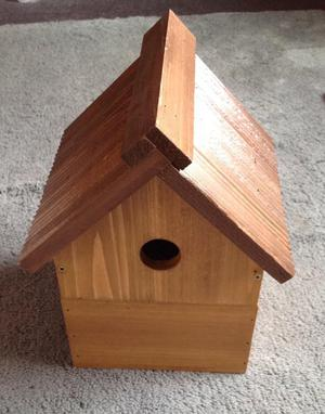 WILD BIRD NESTING BOX. NEW